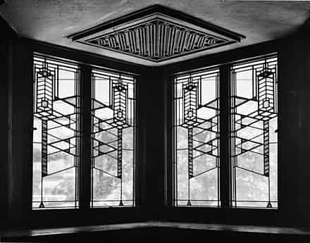 Wright-designed window in Robie House, Chicago (1906)